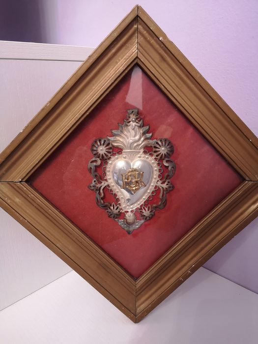 Ex voto in silver inserted in the case - Silver, Wood