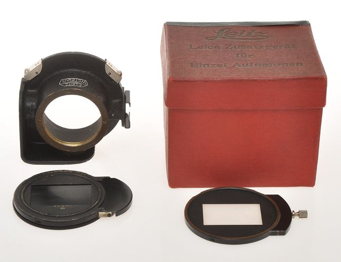 Leitz,   rare OLEYO single exposure housing with chassis, focusing screen and box, exc+++ c.1935