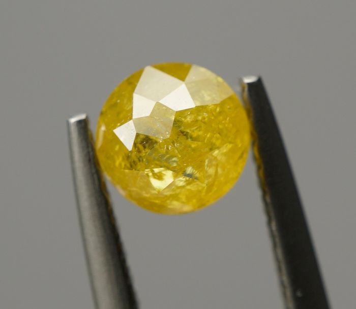 1 pcs Diamond - 0.76 ct - Round, Variation  - fancy intens yellow - I3 - No Reserve