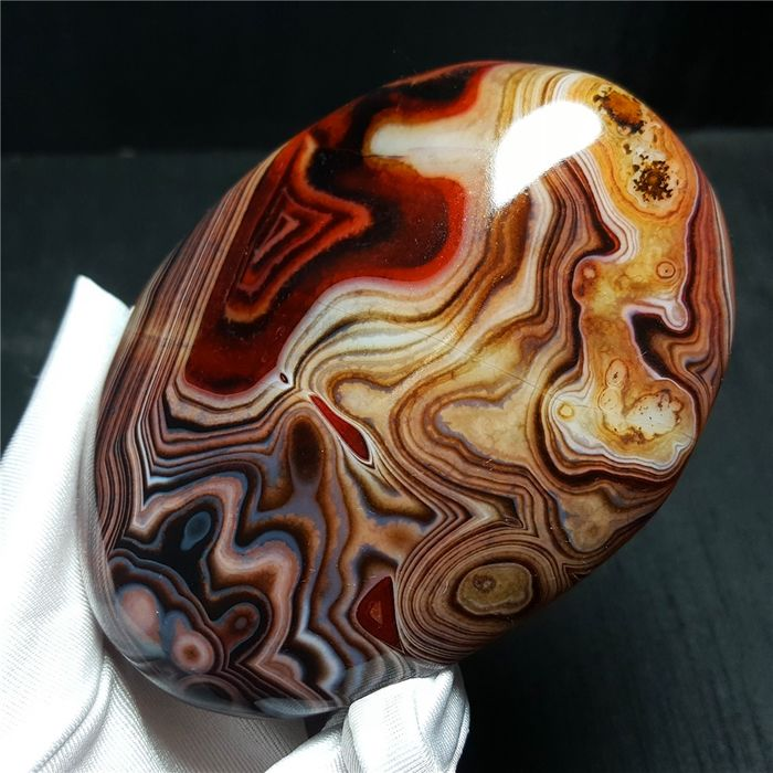 Banded Agate Crystal - 104×79×26 mm - 326 g