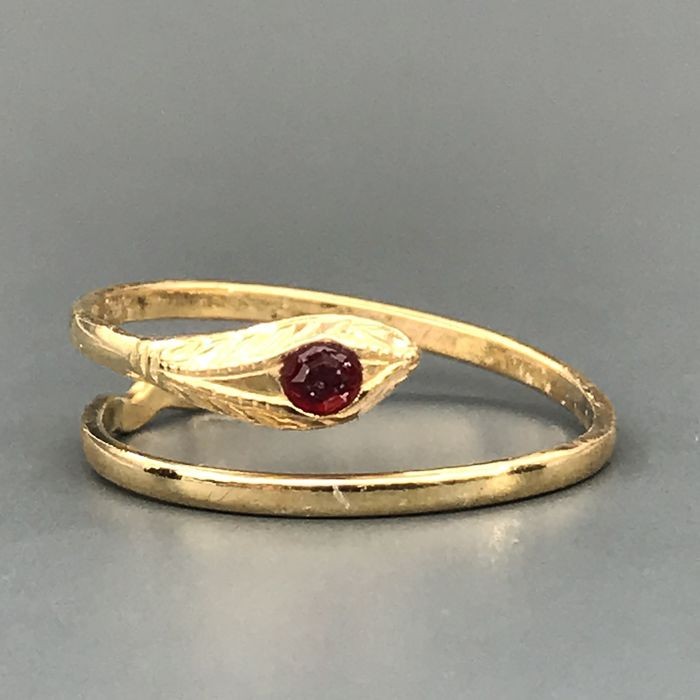 18 kt. Yellow gold - Ring - 0.06 ct Ruby