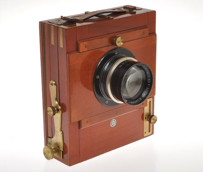 Neue Gorlitzer Kamera Werk , beautiful woden travel camera Stella for plate 12x17cm with 300/4.5 Sytar