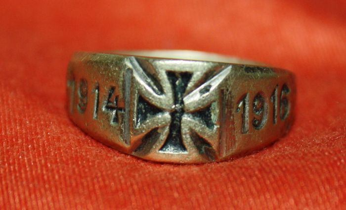 Germany - Patrician Finger Ring with Iron Cross 1914 - 1918 - 1916