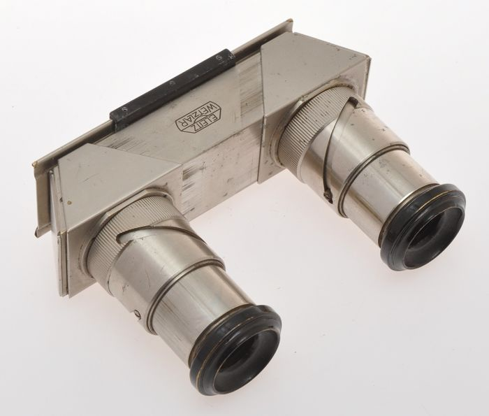 Leitz , rare VOTRA stereo viewer, for pictures take with the Leica Stereoly, exc+ C.1934/36