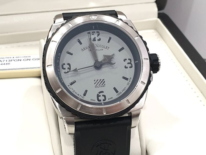 """Armand Nicolet -  """" NO RESERVE PRICE """" S05-3 Military - Gray Dial & Black Rubber Strap - A713PGN-GN-G9610 Automatic Swiss Made - Sub 30 ATM - Homme - New 2019"""