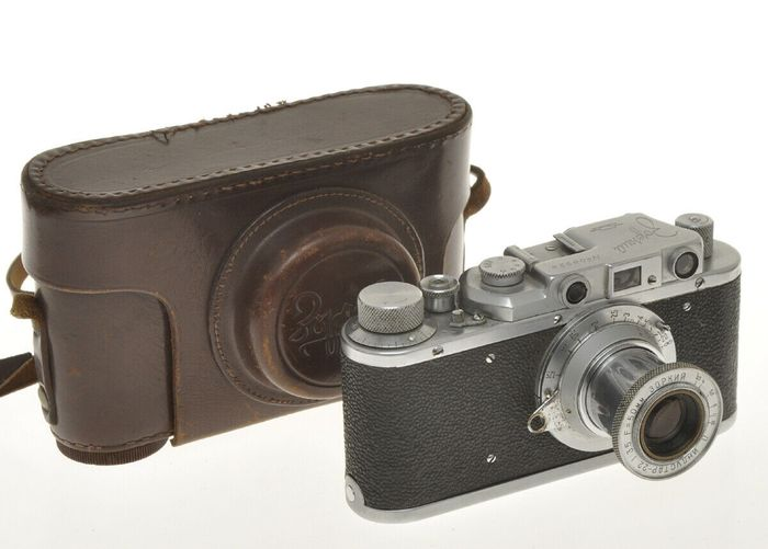 Zorki 1A #08924 1949 with 50/3.5 Industar-22, exc+ uncommon model