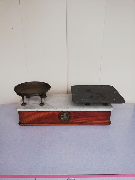 Ditta GM - Livorno - Balance or scale - Copper, Iron (cast/wrought), Marble, Wood