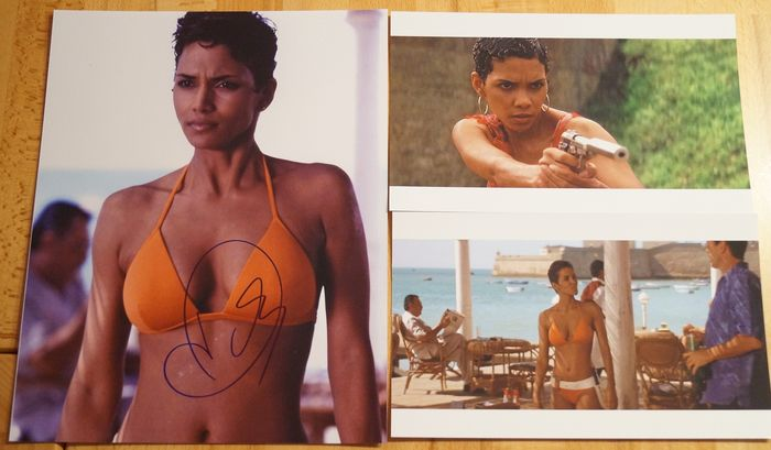"James Bond 007 - Bond Girl - Halle Berry in ""Die Another Day"" - hand signed with COA - Autographe, Photo"