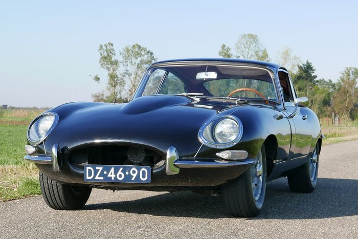 Jaguar - E-type 4.2 FHC Series 1 - 1964
