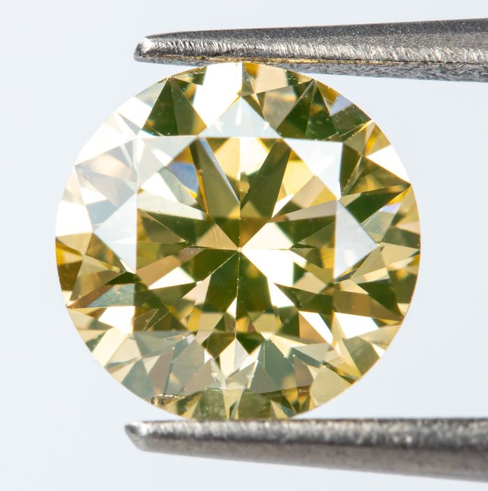 Diamond - 0.61 ct - Natural Fancy INTENSE Brownish Yellow - IF  *NO RESERVE*