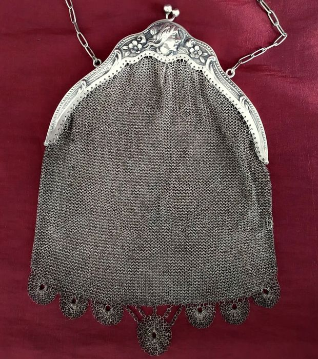 Art Nouveau Silver Mesh Purse/ Bridal Clutch, ca. 1890 - .833 silver - Portugal - Late 19th century
