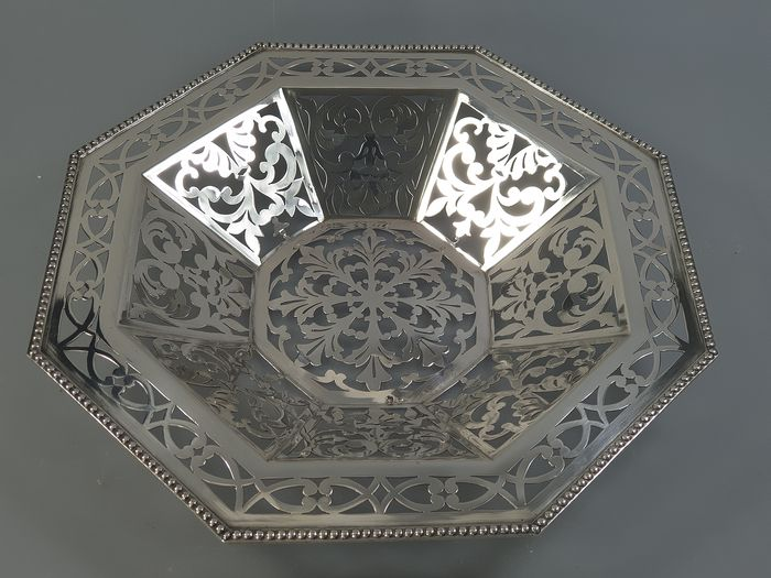 Bowl - .833 silver - Portugal - Late 19th century
