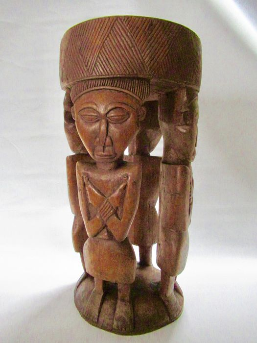 Sculpture, side table (1) - Wood - Congo