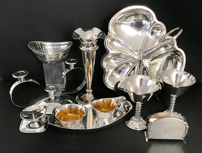 o.a.Sola, WMF, Walker & Hall - Various silver-plated items (11) - Silver plated