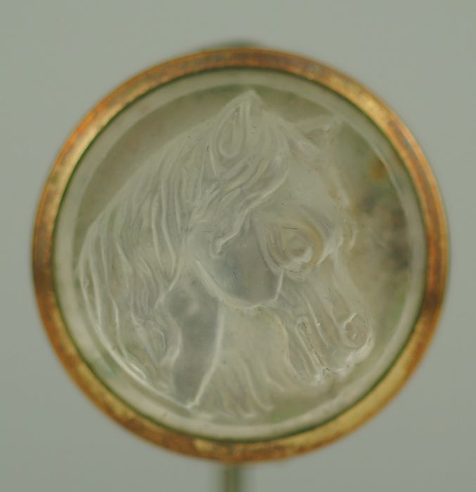 Moonstone Carving of Horse's Head - 9K Sárga arany - Victorian Stickpin