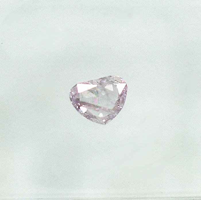 Diamond - 0.16 ct - Cleafless Heart - Natural Fancy Light Pink - I1 - NO RESERVE PRICE