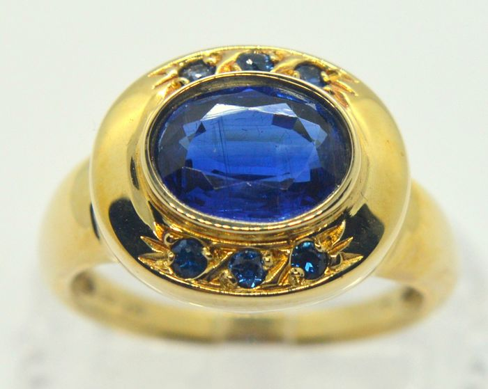 9 kt. Yellow gold - Ring - 1.50 ct Sapphire