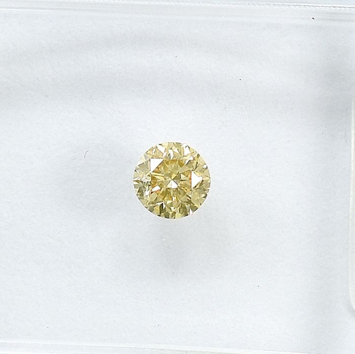 Diamant - 0.18 ct - Briljant - Natural Fancy Light Brown - SI1