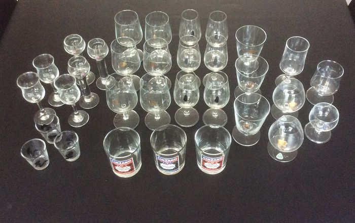 Advertising glasses: KLM, Shell, Cinzano etc. (32) - crystal, glass