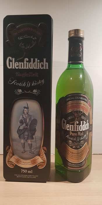 Glenfiddich Special Old Reserve MacDonald of Clanranald Tin Box - b. 1980s - 750ml