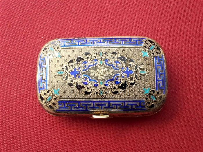 Coin purse - Silver gilt, and enamel - France - mid 19th century