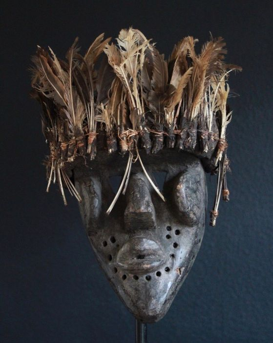 Mask of a fetishist from West Africa (1) - Wood / springs - Africa