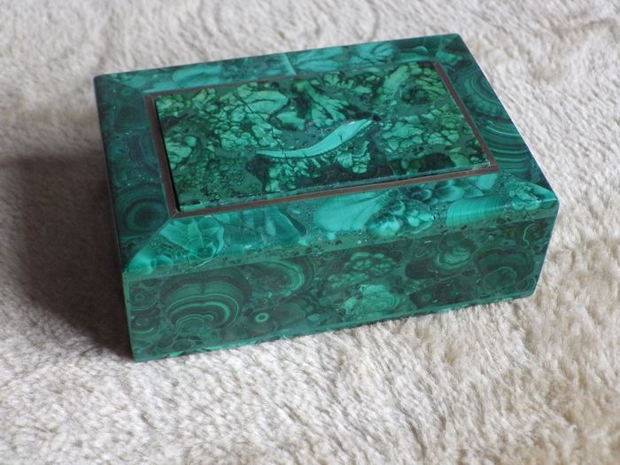 Malachite Old box of the nineteenth - 454 g