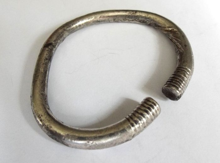 Ancient Roman Silver Ancient Roman Heavy Silver Bracelet with Decorated Ends