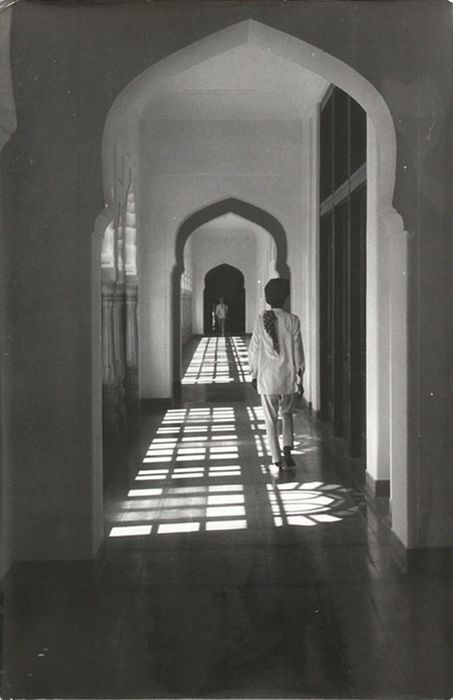 Federico Patellani (1911-1977)  - The central gallery in the palace of Jaipur, India
