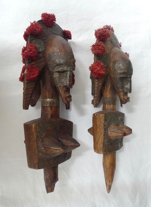 African sculptures (2) - Wood, copper, fabric - Marka Mali  - Africa