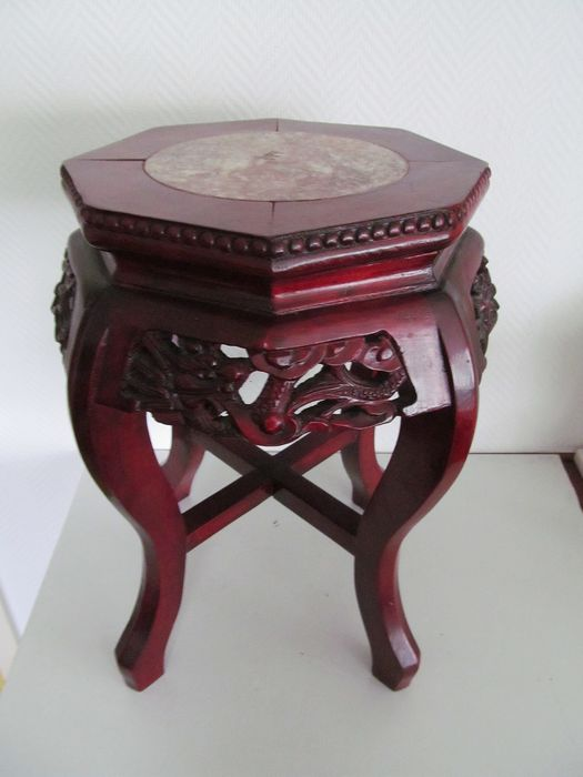 Wooden Chinese plant stand with marble top - Wood - China - Second half 20th century