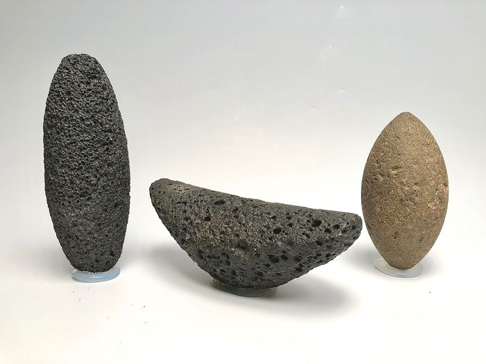 Prehistoric, Neolithic Stone pestle from a grinding stone - 24×21×16 cm - (3)