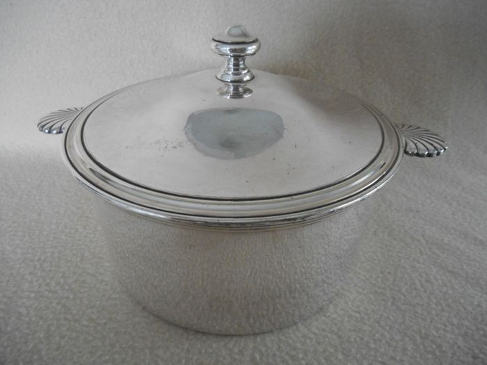 Beautiful Heavily Silvered Christofle Paris Pan With Lid - Silver plated