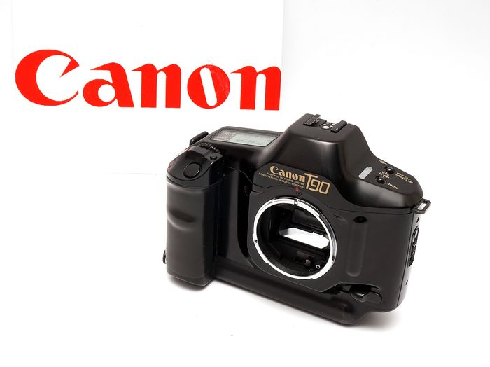 Canon T 90 (lens not included)