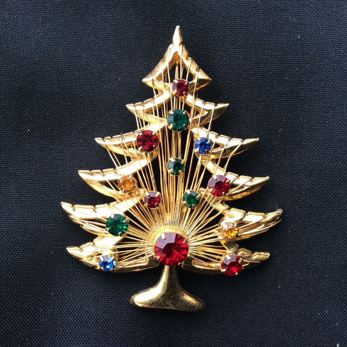 Brooks  Gold-plated, Gold Plated - Brooch
