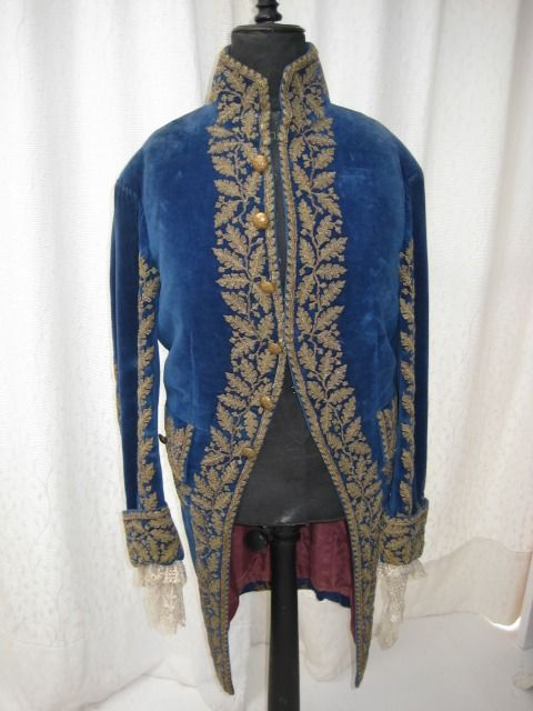Court Coat in 18th century style - Velvet, Gold thread - Late 19th century