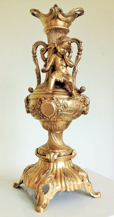 French candlestick with gilded angel - Bronze