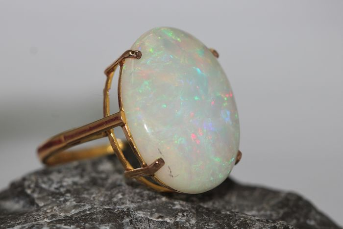 18 kt. Yellow gold - Ring - 3.50 ct Opal