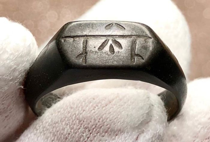 Medieval Bilon Ring with Stylized Decoration on the Bezel.