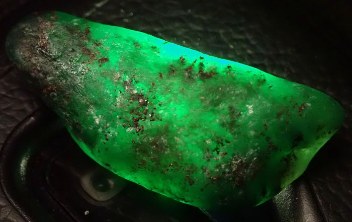 Large Precious Colombia Emerald Crystal, Untreated 76,30ct - 43.51×18.31×12.33 mm - 15.26 g