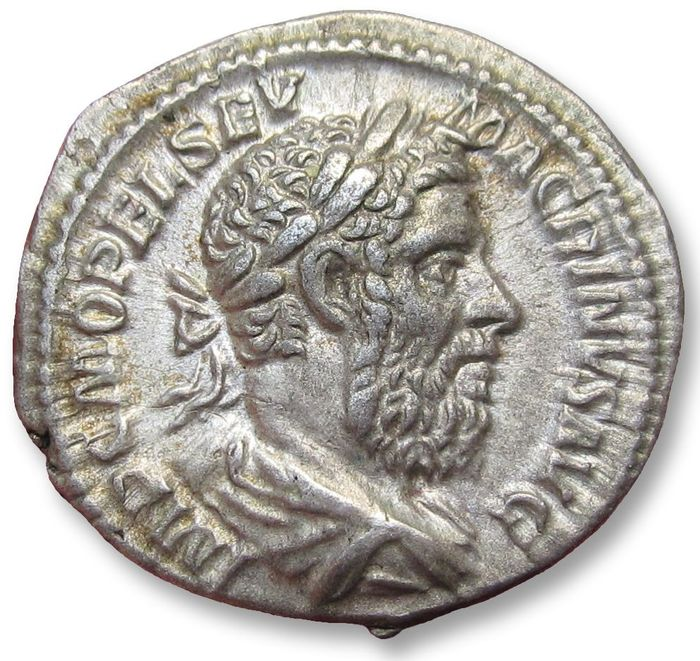 Römisches Reich - AR Denarius, Macrinus, Rome mint March-June 218 A.D. - beauty - - Silber