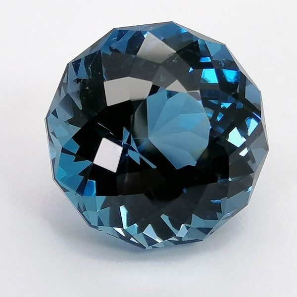 Topacio azul de Londres - 13.75 ct