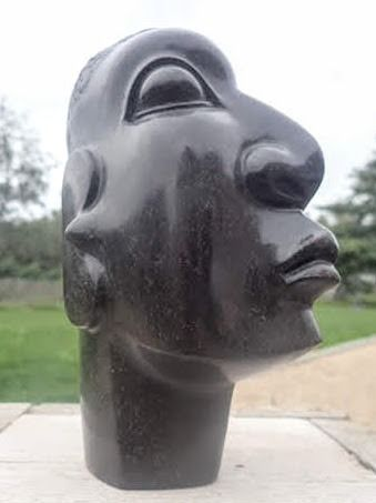 Wonder Luke - African head, stone sculpture, Shona-art