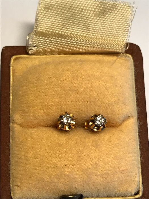 18 kt. Yellow gold - Earrings - 0.10 ct Diamond