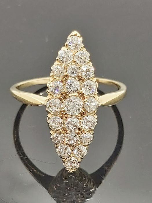 18 kt. Yellow gold - Ring - 1.10 ct Diamond