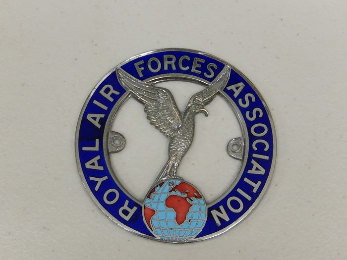 Plakette - Royal Air Forces Association Car Badge Auto Emblem - 1960