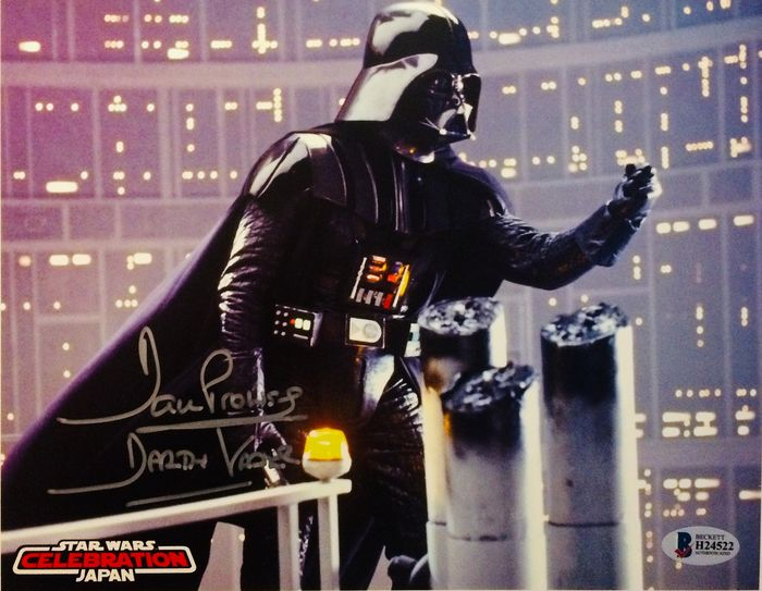Dave Prowse ( Darth Vader ) - Authentic Signed Photo ( 20 X 25 cm ) - with Certificate Of Authenticity BECKETT