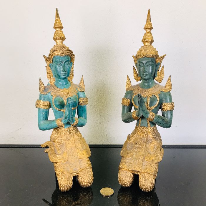 Set of large Bronze Tempanons - 33 cm high - 4 Kg (2) - Bronze - Thailand - Second half 20th century