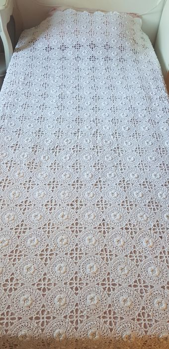 crocheted bedspread or tablecloth  (2) - Cotton - 1950-1999