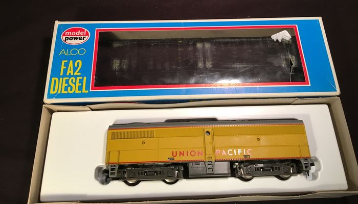 Model Power H0 - Diesel locomotive - FB2 - Union Pacific Railroad